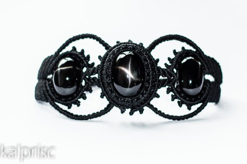 bracelet indian black star macrame (1)